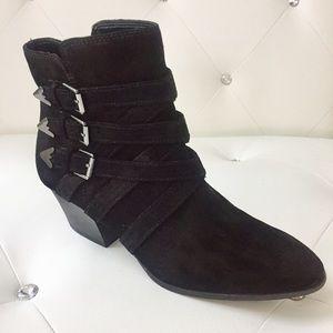 Enzo Angiolini Genuine Suede Black Heeled Booties